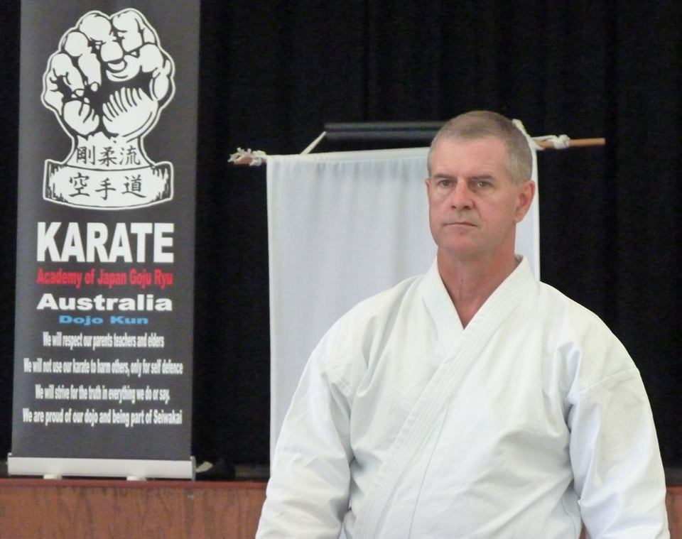 Glenn Stephenson Shihan Sanchin Kata